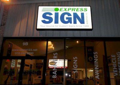 Express Sign & Graphics Shop Exterior