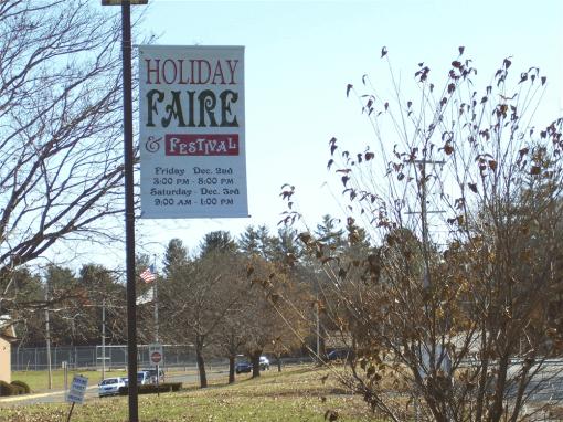 Boulevard Style lightpole banner