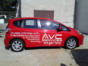 Vinyl Letterinig and Logo on Car