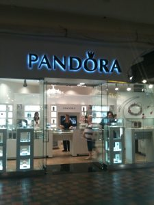 Reverse Channel Letters Pandora Pheasant Lane Mall, Nashua, NH